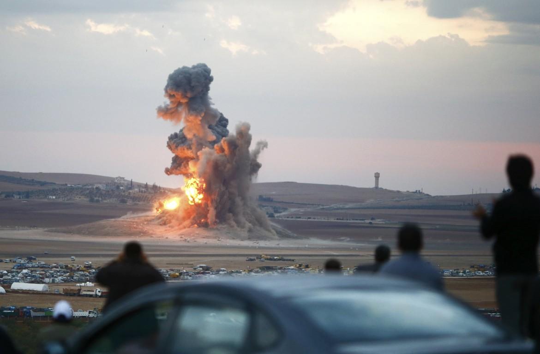Raid Usa su Kobane