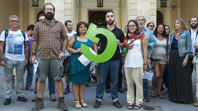 Attivisti della piattaforma Ganemos