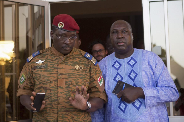 L'incontro, ieri, a Ouagadougou, tra il colonnello Zida e il leader dell'opposizione Zephirin Diabré