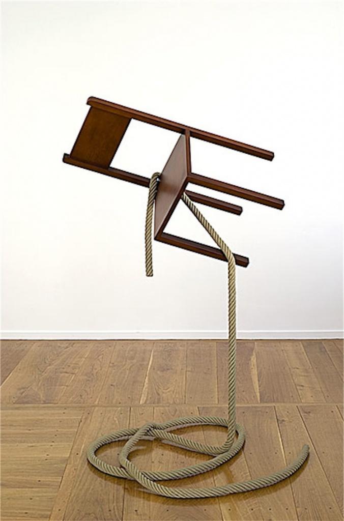 Un'opera di Philippe Ramette