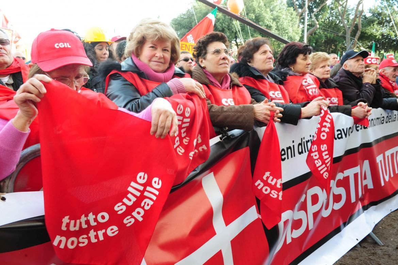 Una manifestazione dello Spi Cgil sulle pensioni