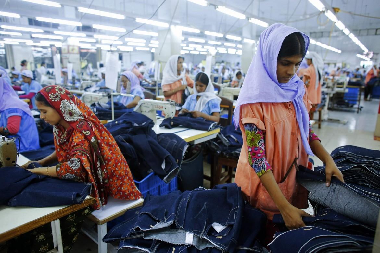 Lavoratori del tessile in Bangladesh