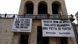 sciopero sociale a Milano, contro il lavoro gratuito