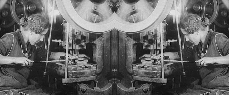 immagine di repertorio rielaborata dal film