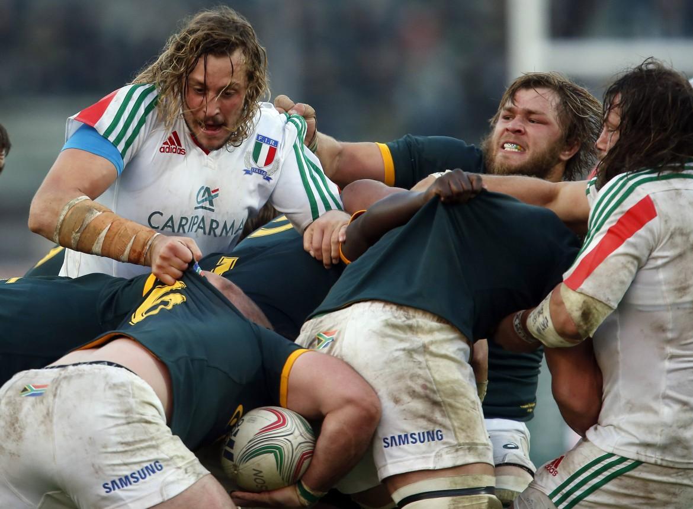 L'italiano Joshua Furno contende l'ovale al sudafricano Duane Vermeule