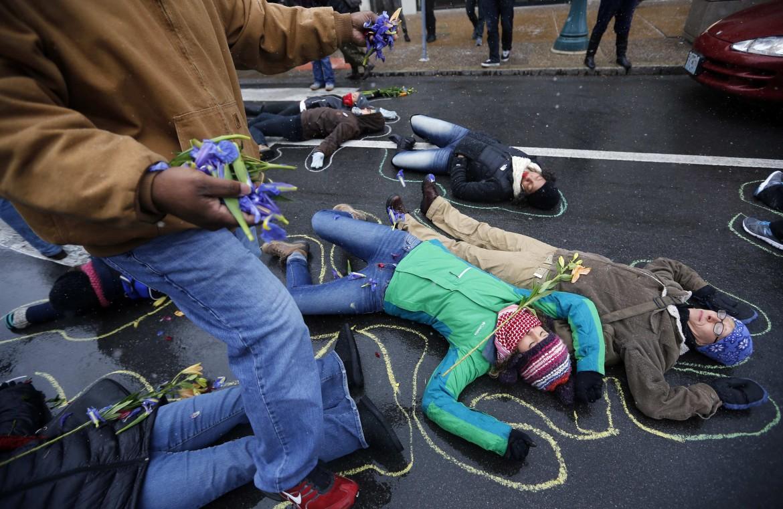 Manifestazione dopo il verdetto del Grand Jury a Ferguson