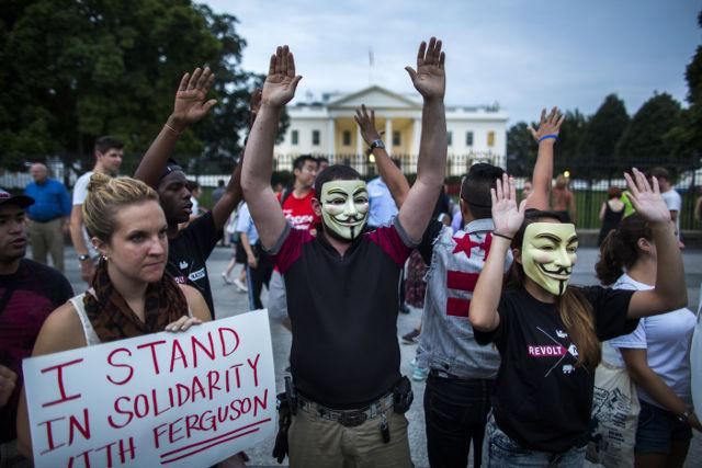 Manifestazione alla Casa Bianca