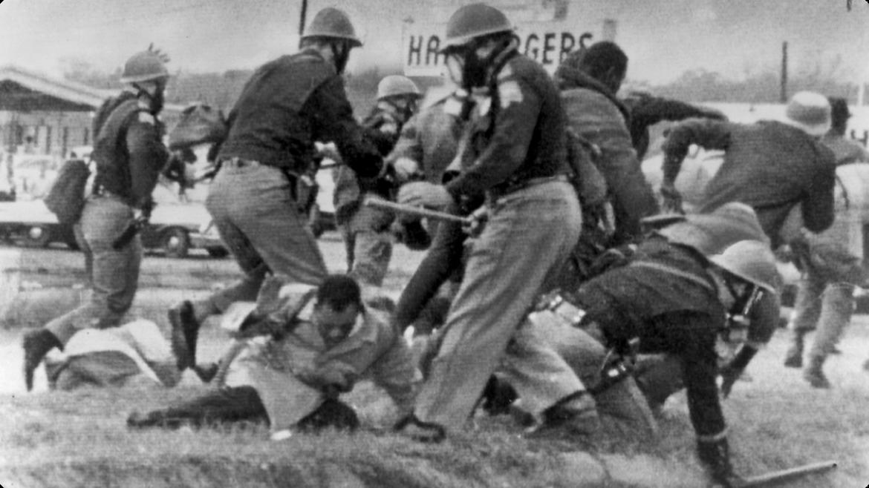 Immagini della repressione durante la marcia di Selma