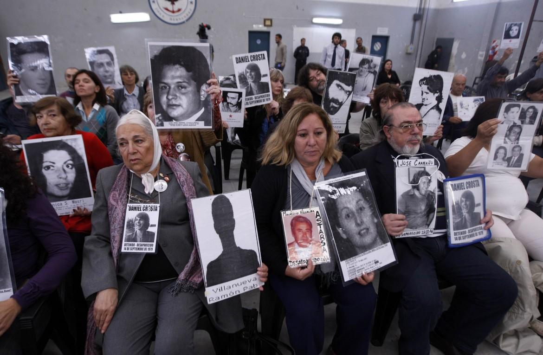 Argentina, manifestazione in memoria degli scomparsi