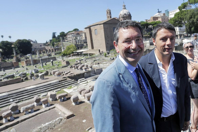 Il sindaco Ignazio Marino e il presidente del Consiglio Matteo Renzi
