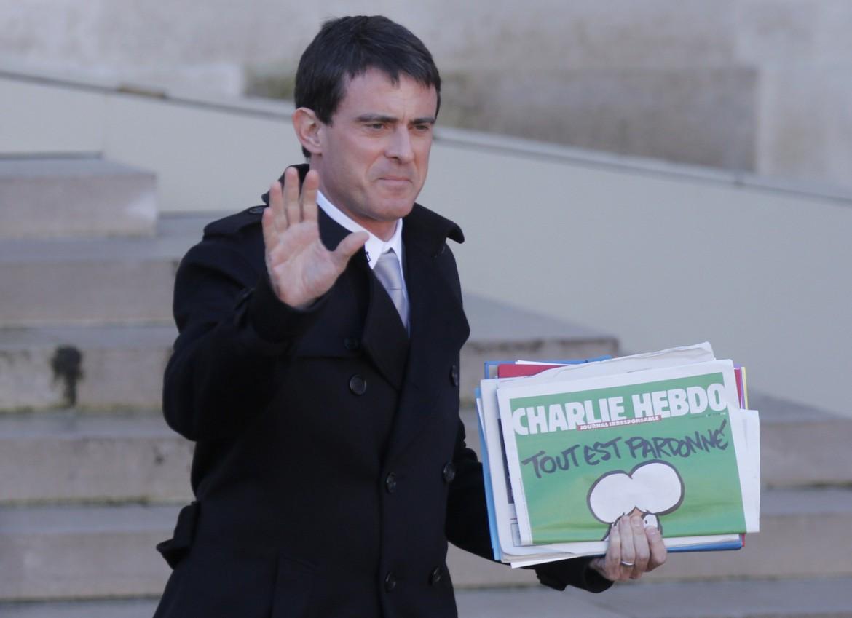 Il premier francese Manuel Valls nei giorni successivi all'attentato a Charlie Hebdo