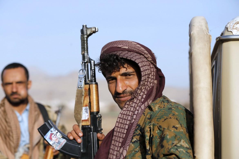 Un combattente Houthi