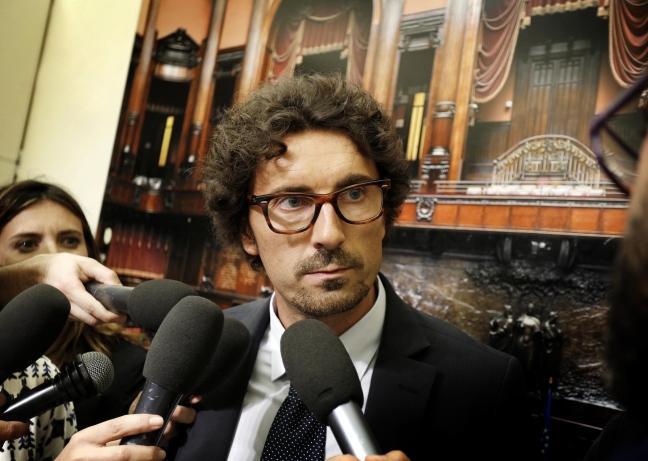 il capogruppo M5S Danilo Toninelli