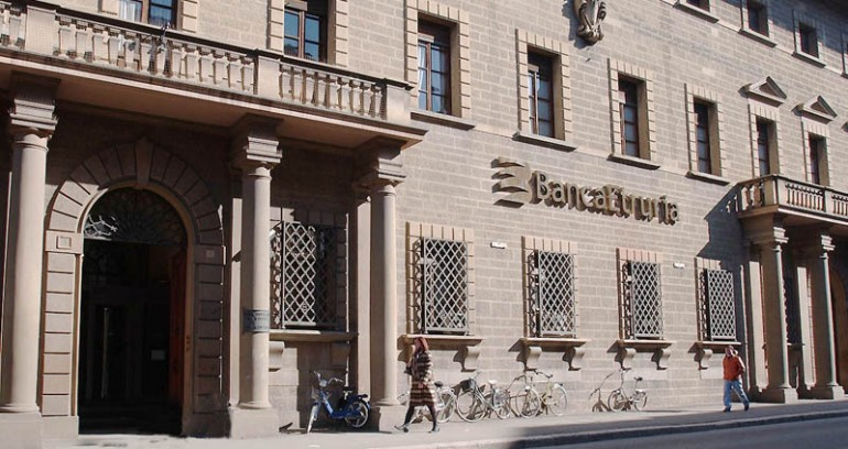 La sede della Banca dell'Etruria