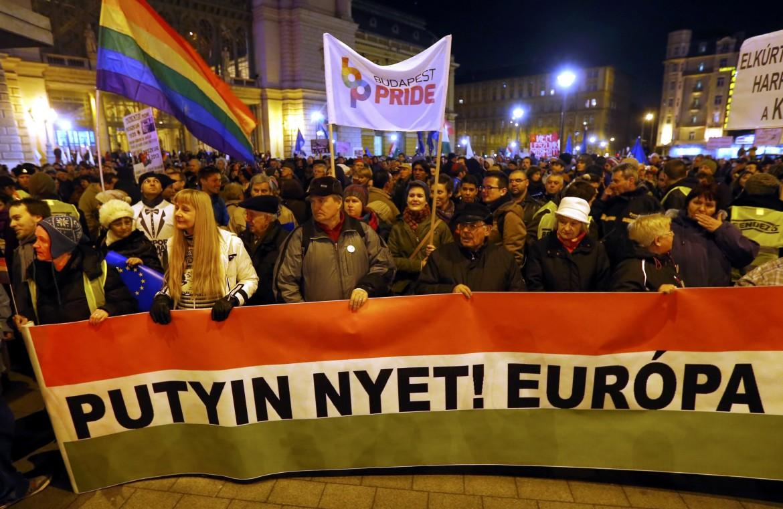 Proteste contro Putin in Ungheria