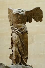 La nike di Samotracia al Louvre