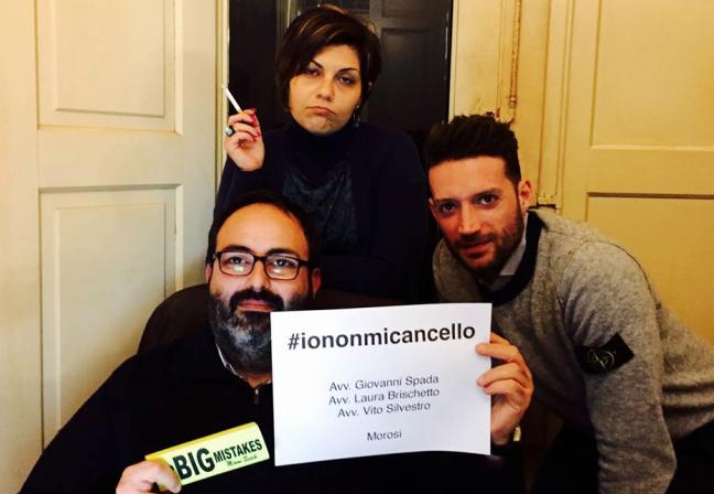 la campagna su twitter «#iononmicancello»