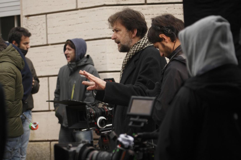 Nanni Moretti sul set, sotto Margherita Buy in una scena del film