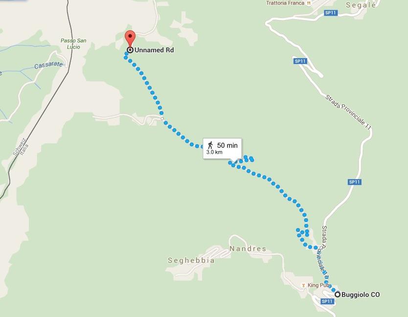 La via di fuga dei contrabbandieri, seguita anche da molti ebrei durante la guerra. Da Grandola Mussolini avrebbe dovuto arrivare in auto fino a Buggiolo, quindi intraprendere un primo sentiero a piedi per circa tre ore di cammino, e successivamente varcare il confine attraverso il Passo.