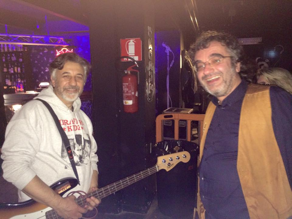 Mirafiori Kidz & Powerillusi bass guitars