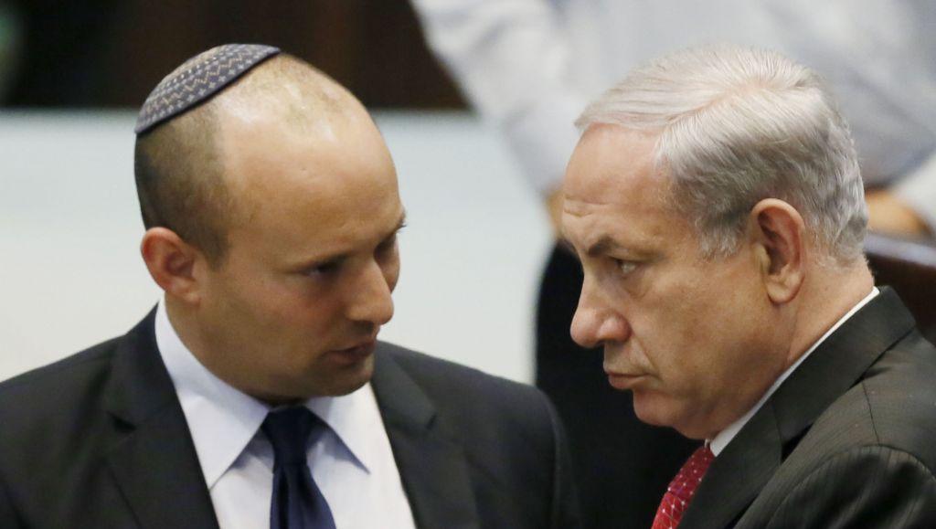 Naftali Bennett con Benyamin Netanyahu