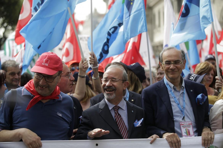 Il segretario generale della Uil Carmelo Barbagallo