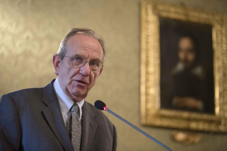 Il ministro dell'economia e delle finanze Pier Carlo Padoan