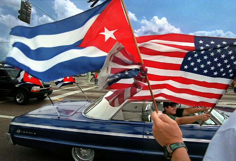 Cuba, festeggiamenti per la ripresa del dialogo con gli Usa