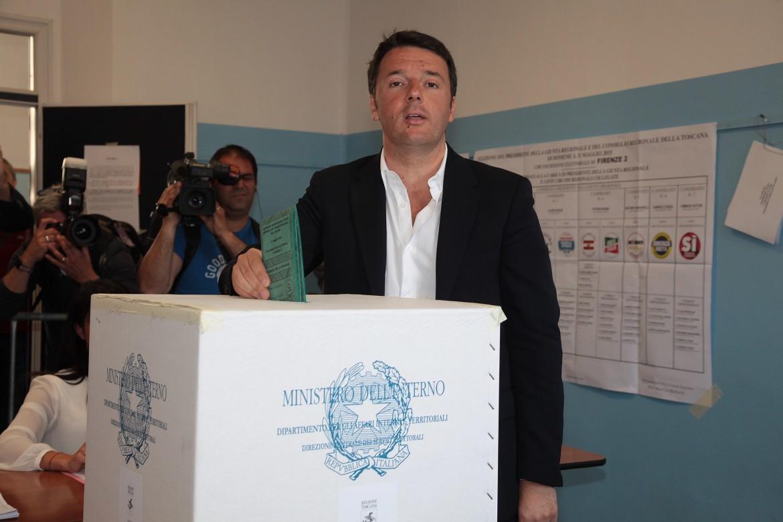 Matteo Renzi al voto per la regione Toscana