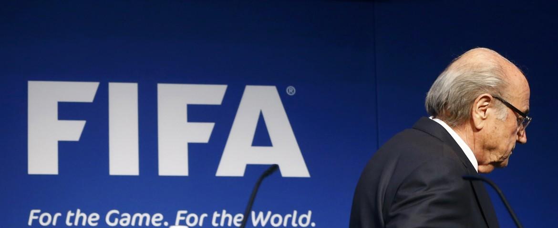 Sepp Blatter a Zurigo dopo l'annuncio delle dimissioni