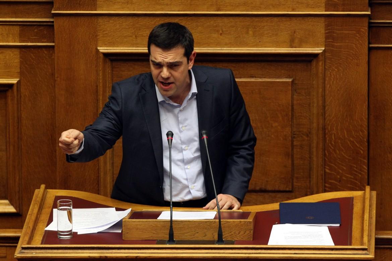 Il premier greco interviene in parlamento