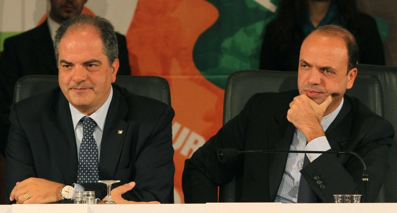 Il sottosegretario Castiglione e il ministro Alfano