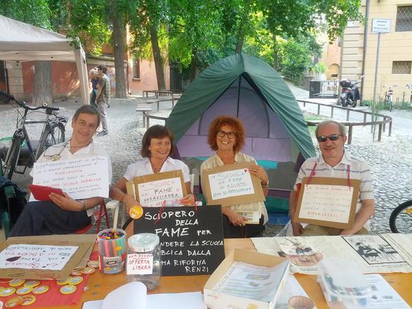 Lo sciopero della fame degli insegnanti che protestano contro il Ddl Renzi-Pd sulla scuola