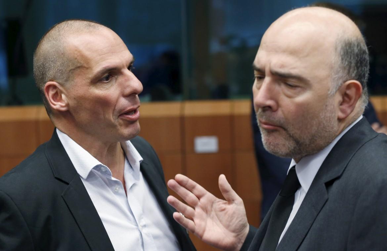Il ministro greco Varoufakis e il commissario Ue Moscovici