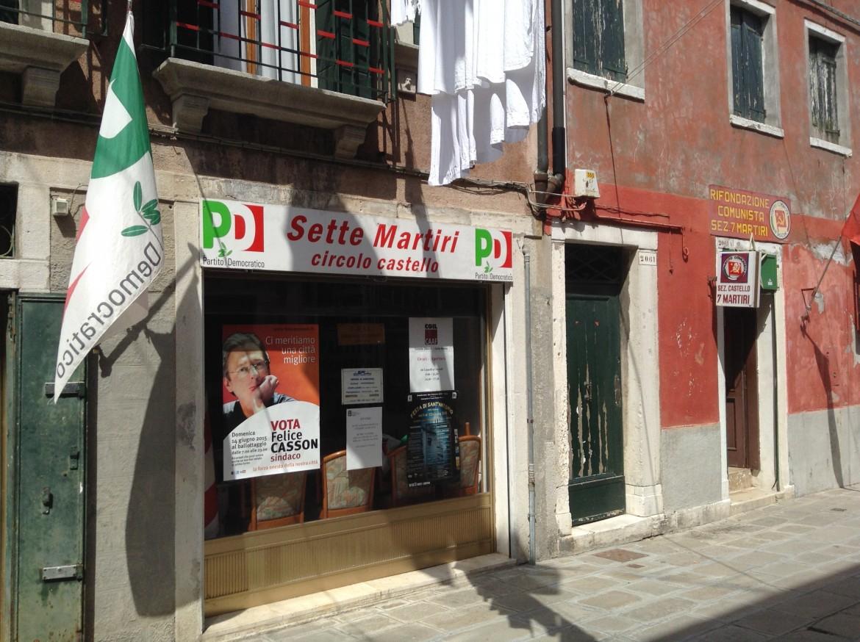 Campagna per Felice Casson in un circolo Pd di Venezia