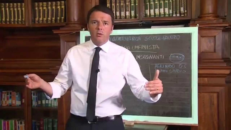 Alla lavagna. Il presidente del Consiglio Renzi illustra la buona scuola