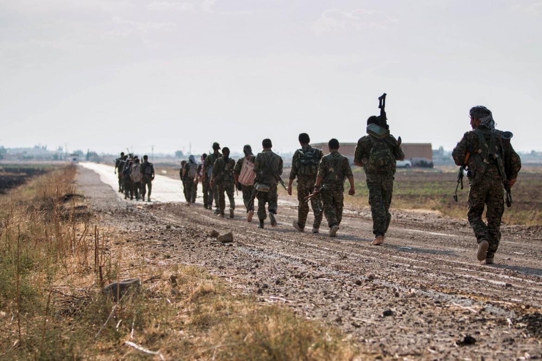 Miliziani kurdi tra Tel Abyad e Raqqa