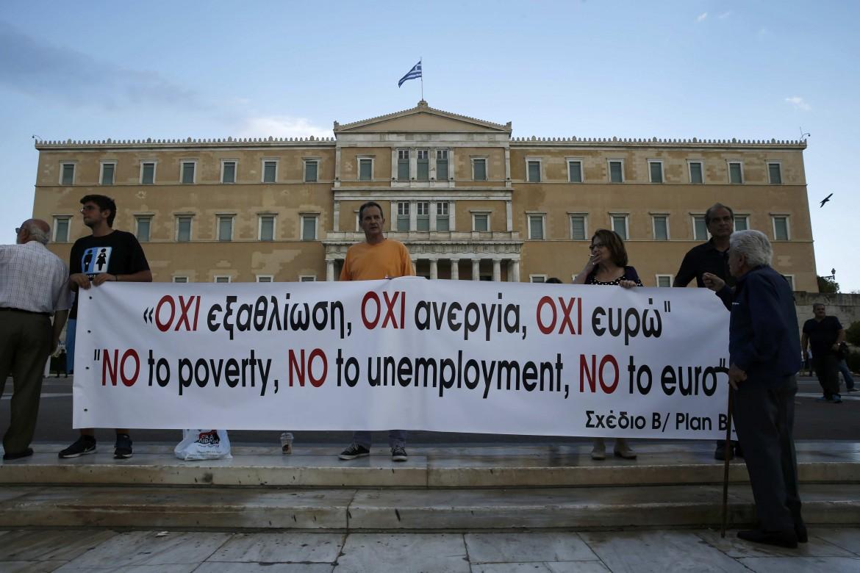 Atene, protesta anti-austerity