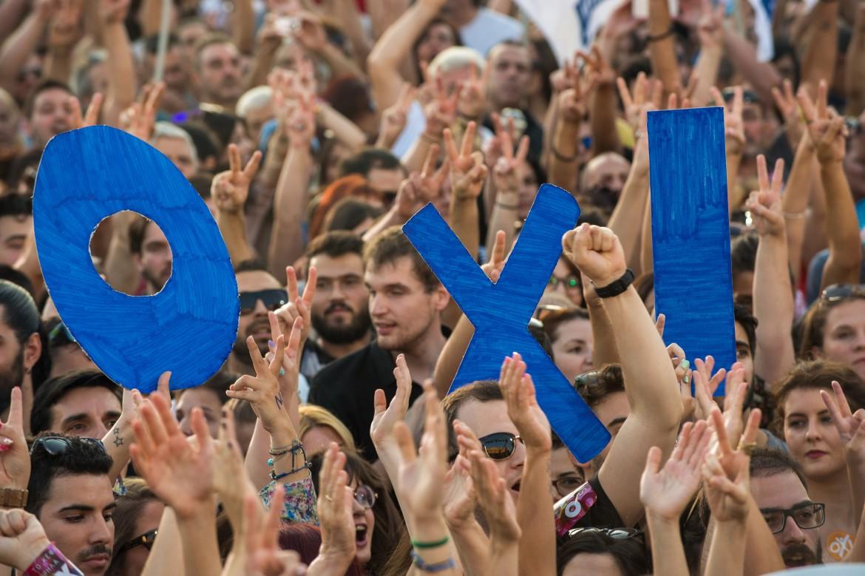La manifestazione ad Atene prima del referendum sull'intesa con l'Ue
