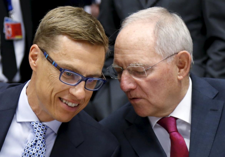 Il ministro finlandese Stubb con il tedesco Schauble