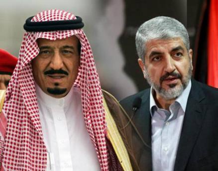 Re Salman dell'Arabia saudita e il leader di Hamas Khaled Meshaal (foto dal sito the-levant.com)