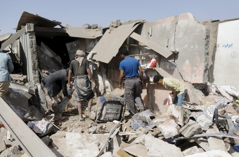 Gli effetti dei raid sauditi in Yemen