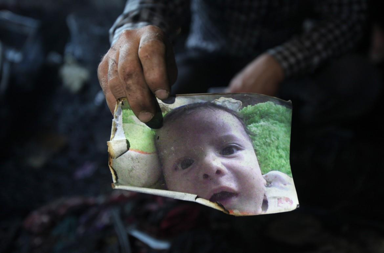 Ali Said Dawabsheh aveva 18 mesi, è morto bruciato vivo nella sua casa a Duma, Nablus
