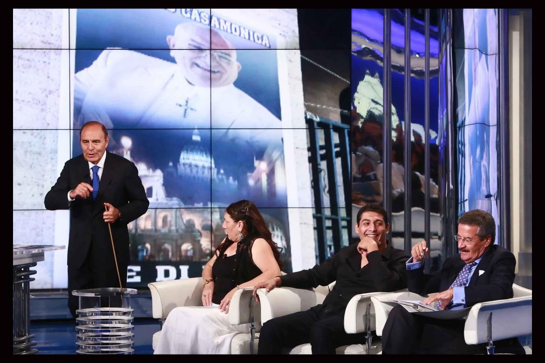 Bruno Vespa, Vera e Vittorino Casamonica con il loro legale