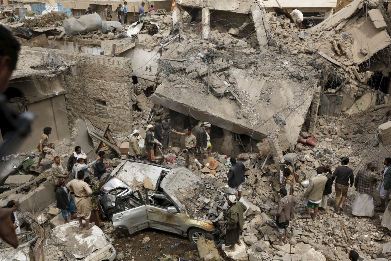 Raid aerei contro i civili in Yemen