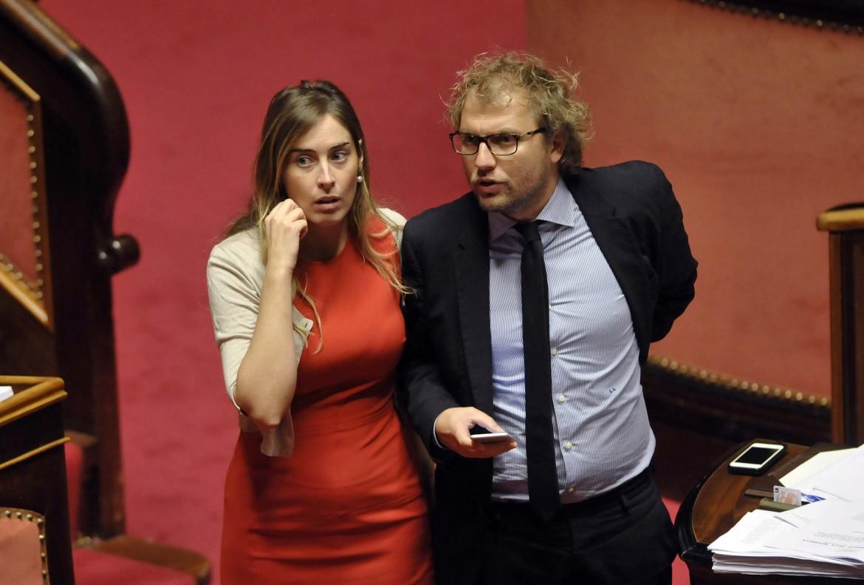 La ministra Boschi e il sottosegretario Lotti ieri in senato