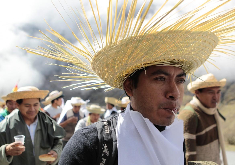 Contadini indigeni manifestano alla Cop21