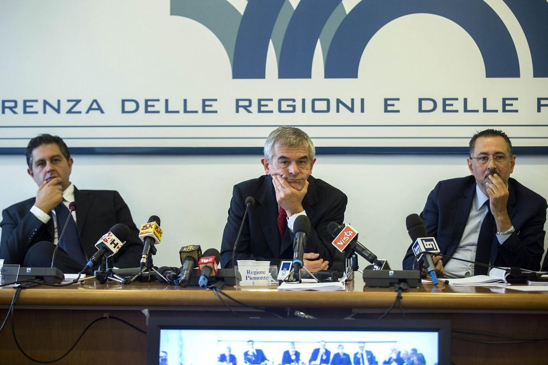 I governatori Toti, Chiamparino e Pittella a una Conferenza delle Regioni