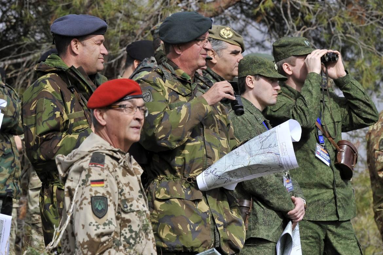 Membri della Brigata Internazionale della Nato impegnati in Trident Juncture