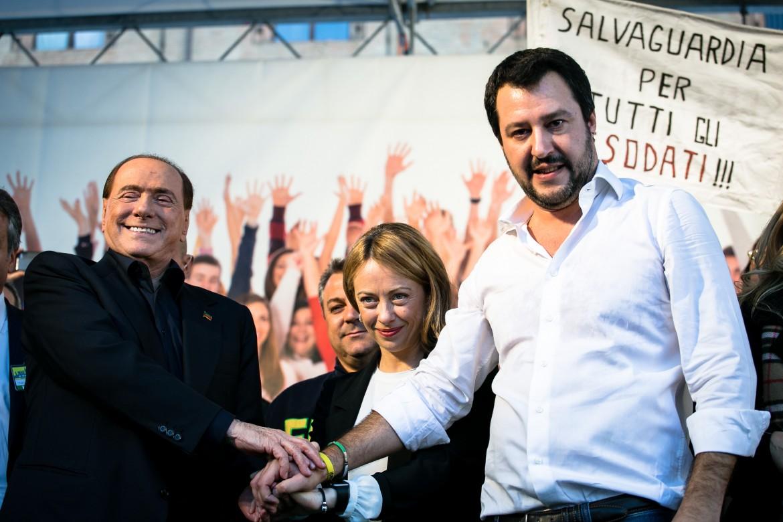 Berlusconi, Meloni e Salvini a Bologna